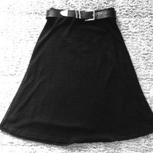 Black Mid Skirt . 🖤